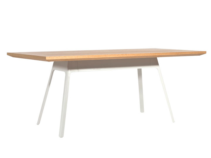 Yardbird table 180