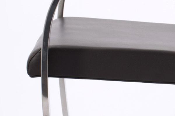 E-comfort ブルーノチェア | 座面アップ