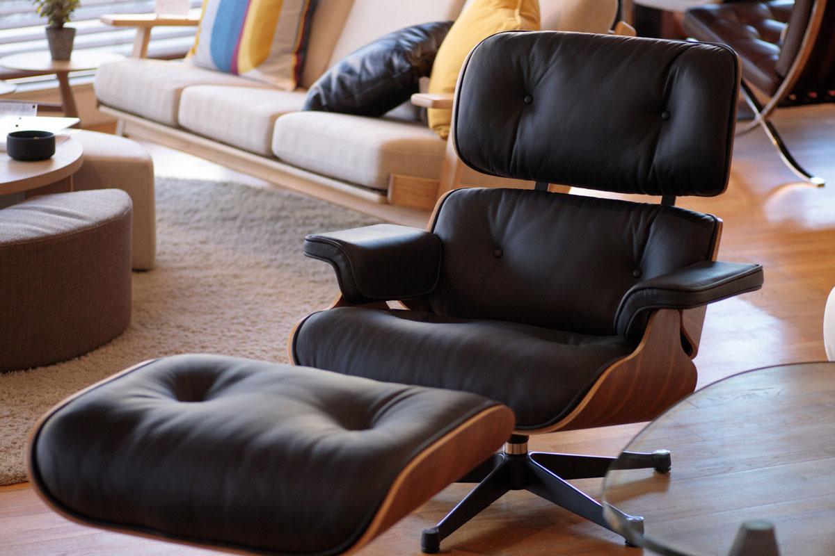 E-comfort イームズ ラウンジチェア&オットマン ウォールナット | 設置例