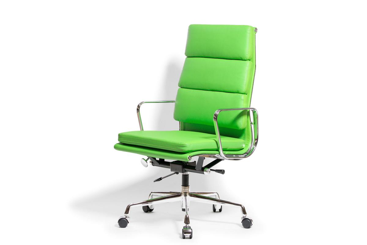 E-comfort アルミナムチェア エグゼクティブチェア ソフトパッド PUレザー /キャスター仕様 | グリーン 斜め前