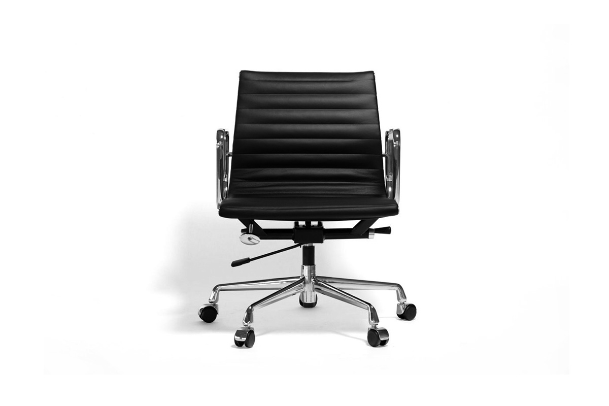 E-comfort アルミナムチェア マネジメントチェア フラットパッド 本革 | 正面