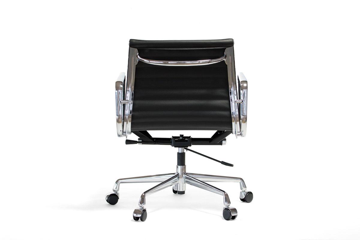 E-comfort アルミナムチェア マネジメントチェア フラットパッド 本革 | レザーブラック 後ろ