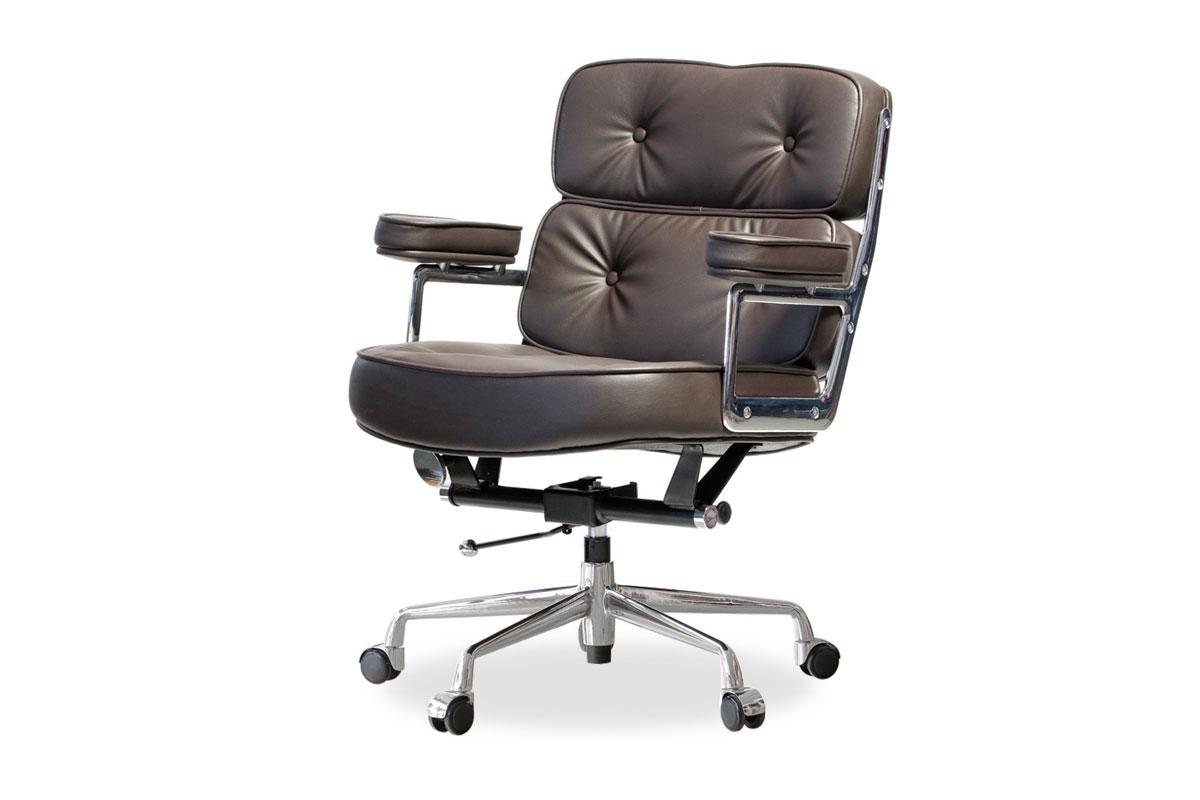 E-comfort エグゼクティブチェア タイムライフチェア  PUレザー | ダークブラウン 斜め前