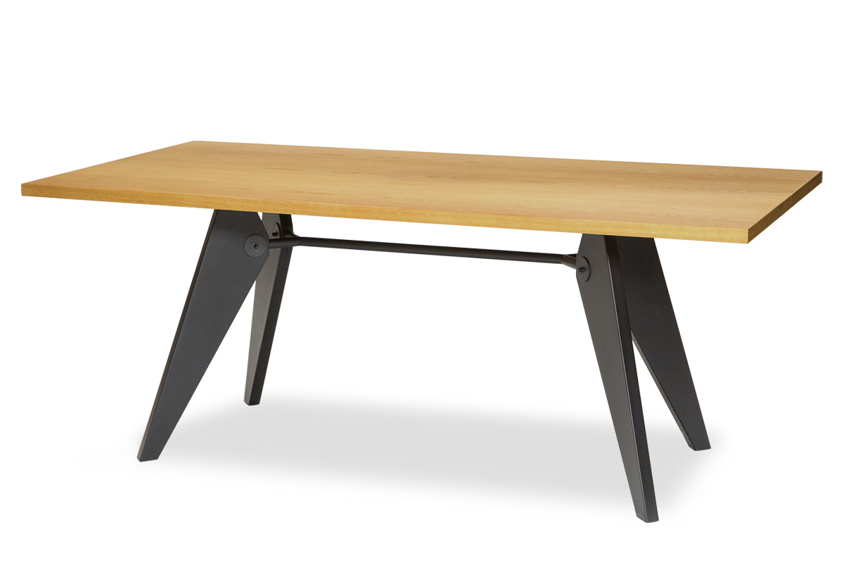 E-comfort ソルベイ テーブル 180cm オークxビーチ ブラック塗装 | 斜め前