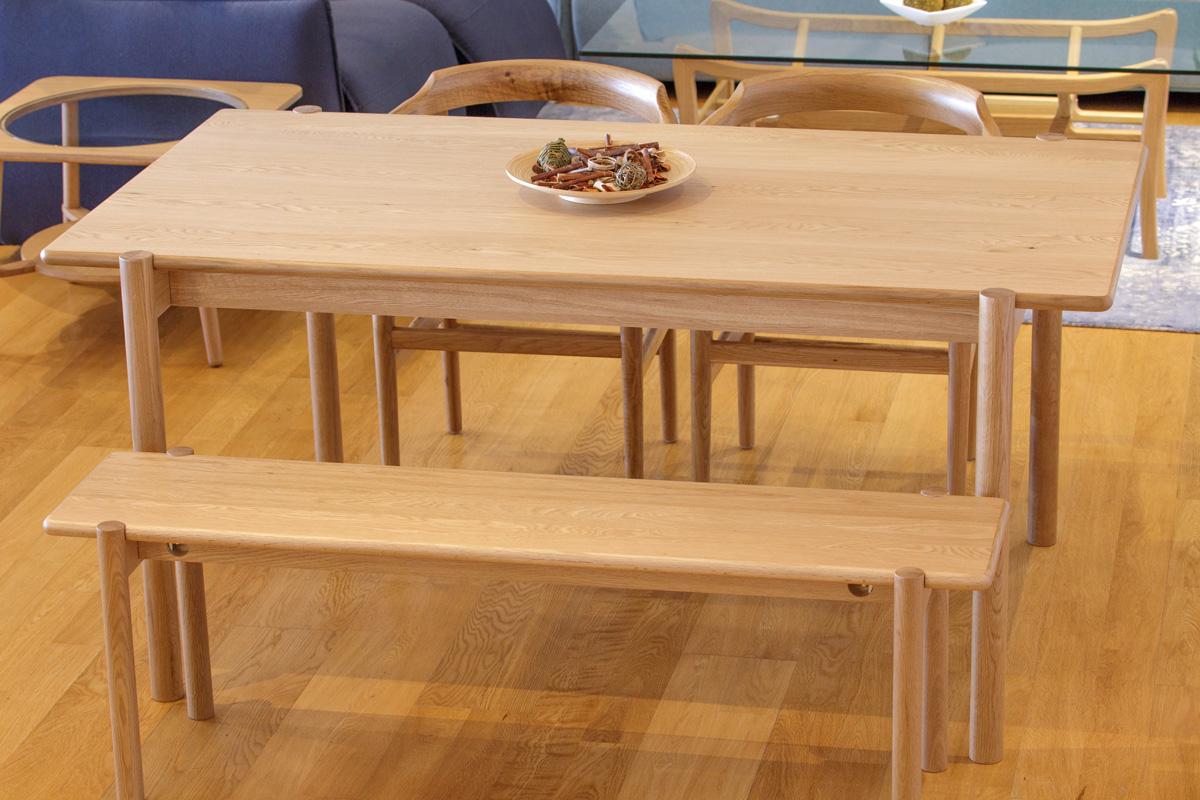 E-comfort ダイニングテーブル[4点セット] アンドラ丸脚ダイニングテーブルw160+PP68ダイニングチェア +アンドラ丸脚ベンチ |
