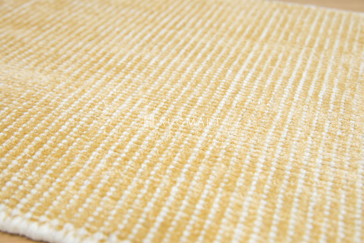 E-comfort ハンドルーム ノッテッド ウール&ヴィスコース FINESTO 50x80cm ハニーゴールド |