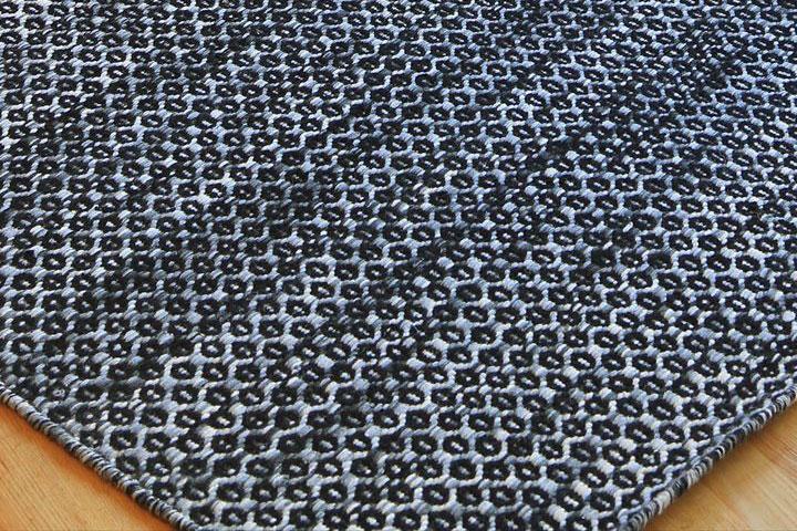 E-comfort ウール パドル ブレイド HIVE 200x140cm  ブラック |