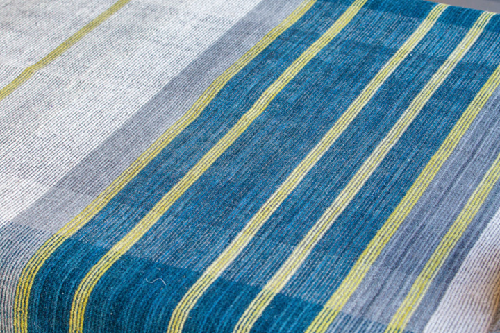 E-comfort 手織り リバーシブル キリム ノルド102 200x140cm ブルー |