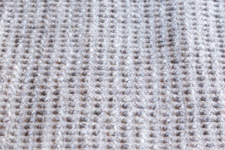 E-comfort 手織り リバーシブル キリム シルキーポルカドット 200x140cm シルバーアイボリー |