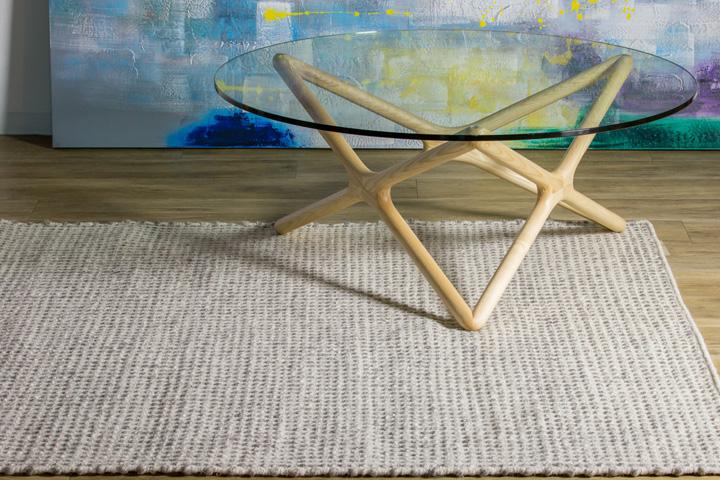 E-comfort 手織り リバーシブル キリム シルキーポルカドット 230x160cm シルバーアイボリー | 設置例 トリプルXローテーブル との組合わせ
