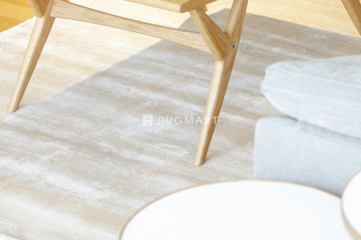 E-comfort ハンドウィーブ ヴィスコース ROMO 140x200cm ホワイト |