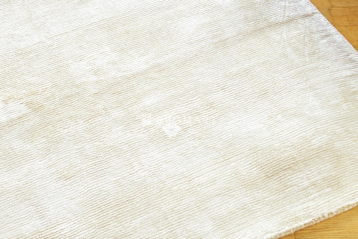 E-comfort ハンドウィーブ ヴィスコース ROMO 160x230cm ホワイト |