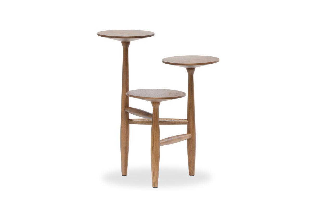 E-comfort トリポッド テーブル ウォールナット | 正面