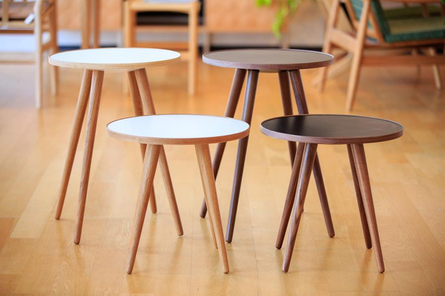 E-comfort SPUTNIK サイドテーブル B ウォールナット |