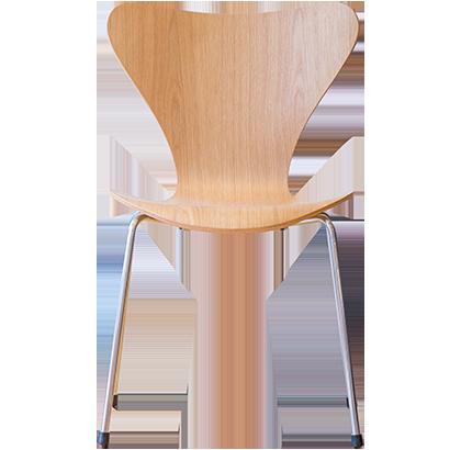 3次元立体加工によるフィット感と、美しいくびれのようなシルエットによって生み出される、木の弾力を活かした座り心地